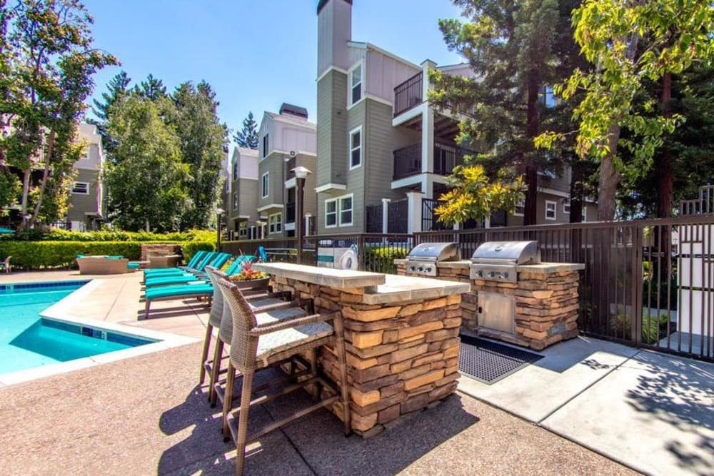 Beautiful bbq area at Sofi Sunnyvale in Sunnyvale, CA