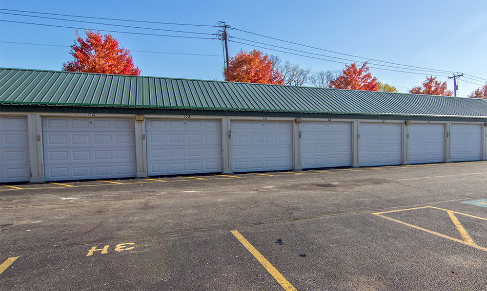 Garages available at Steeplechase Apartments & Townhomes in Toledo, Ohio