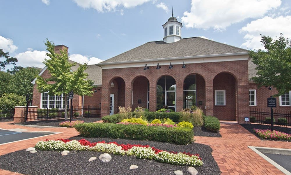 Beautiful Leasing Office at Chelsea Place in Toledo, OH