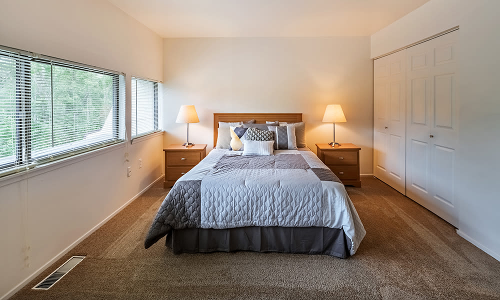 Bedroom at The Cascades Townhomes and Apartments in Pittsburgh