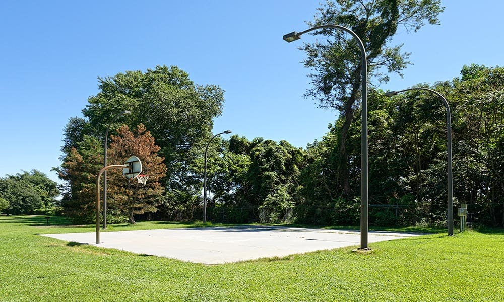 Basketball court at Eagle Meadows Apartments in Dover