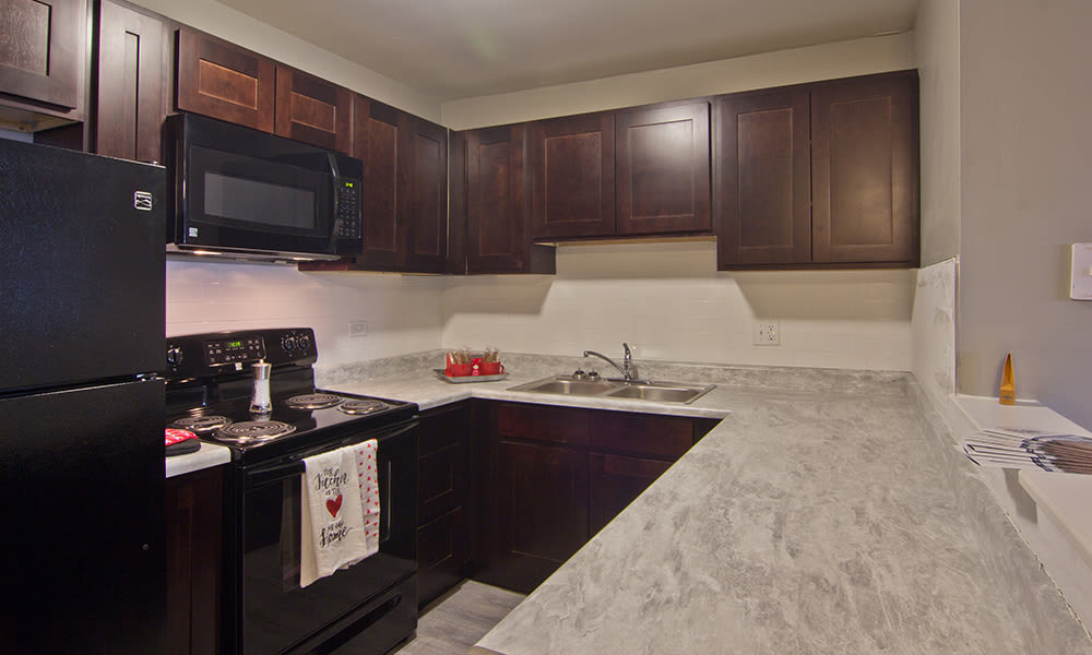 Modern kitchen at The Flats at Gladstone in Glendale Heights, Illinois