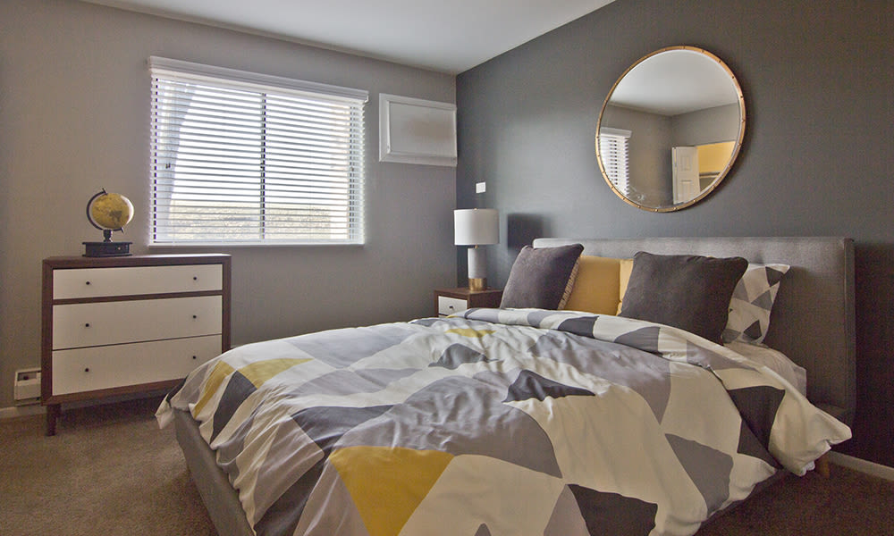 Modern bedroom at The Flats at Gladstone in Glendale Heights, Illinois