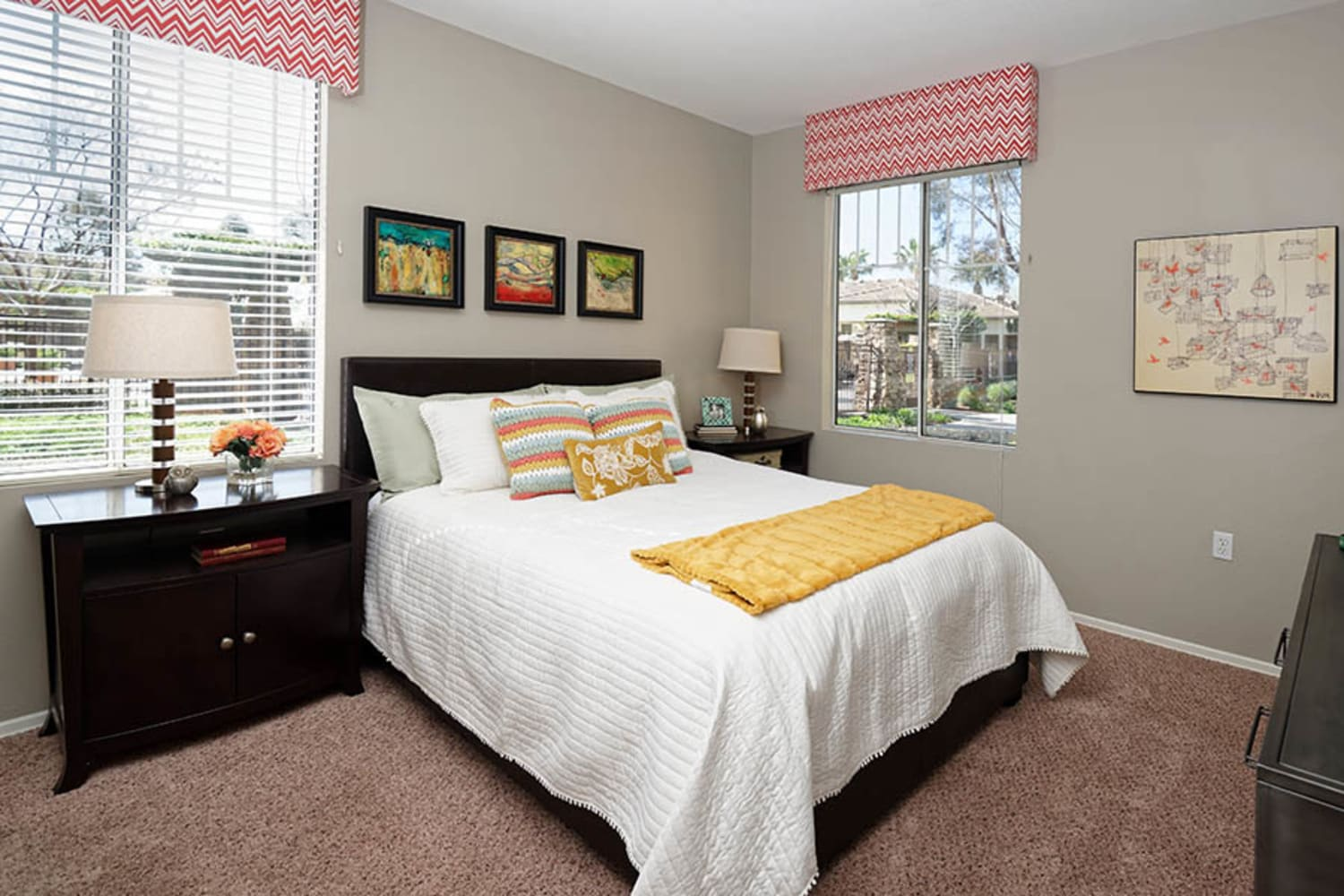 Camino Real offers large master bedrooms in Rancho Cucamonga, California