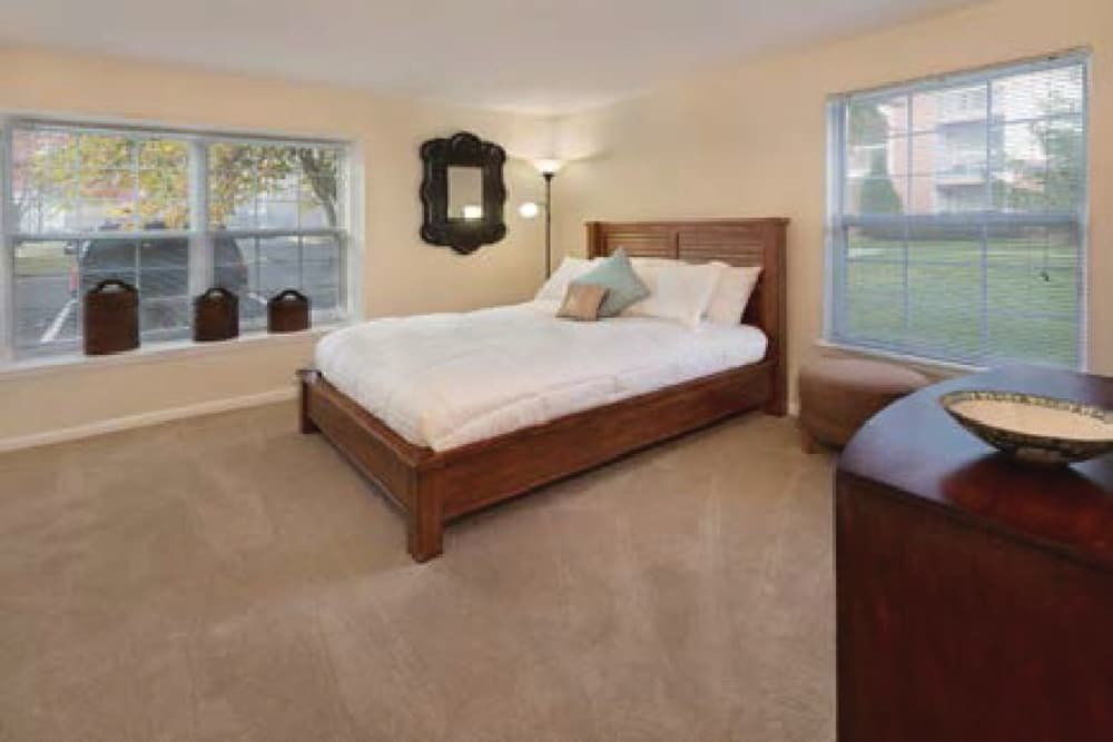 The master bedroom at Kingscrest Apartments in Frederick, Maryland