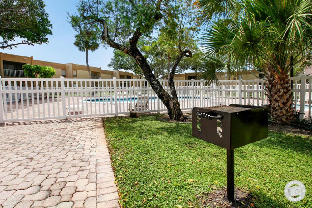 BBQ area at Lime Tree Village in Deerfield Beach, FL