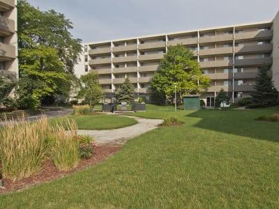 Walking paths at apartments in Richton Park, Illinois