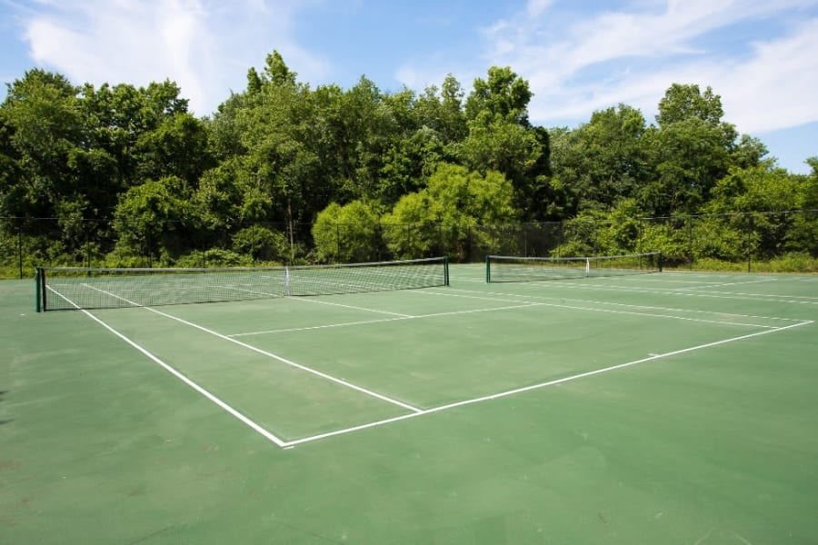 Tennis court at Abbotts Run Apartments in Alexandria, Virginia.