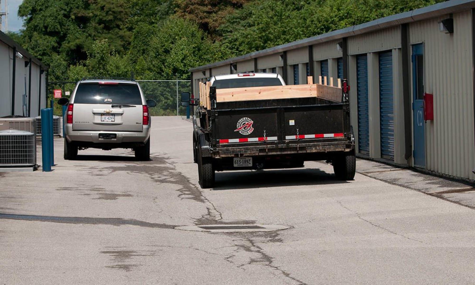 Wide driveways provide easy access at Virginia Varsity Storage in Salem, Virginia