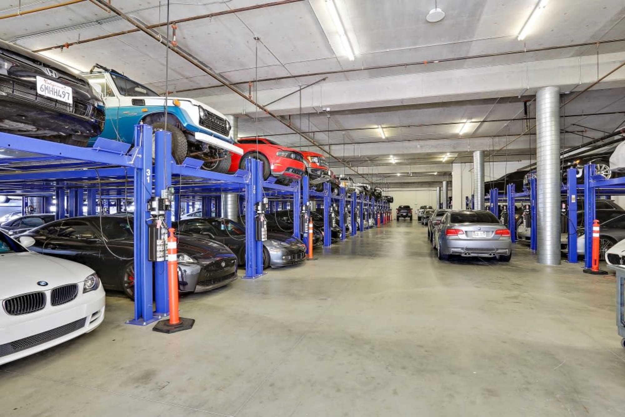 Car storage available at A-1 Self Storage in San Diego, California