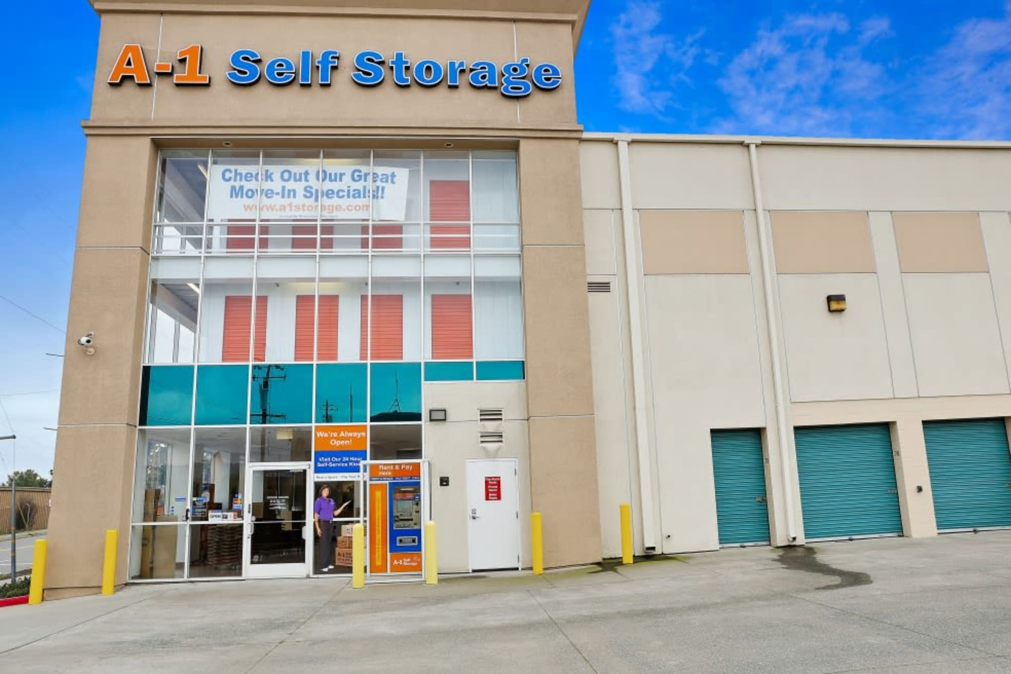The front of our A-1 Self Storage store in Oakland, California
