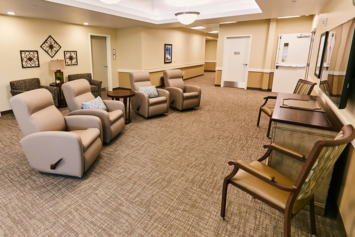 An entertainment area with lounge seating at Farmington Square Gresham in Gresham, Oregon