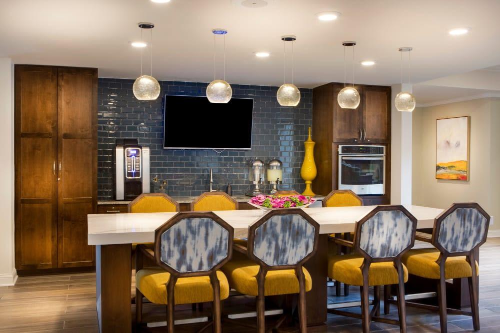 Bright kitchen at Stonecrest at Burlington Creek in Kansas City, Missouri