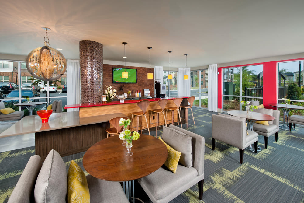 Perimeter Lofts offers a clubhouse in Charlotte, North Carolina