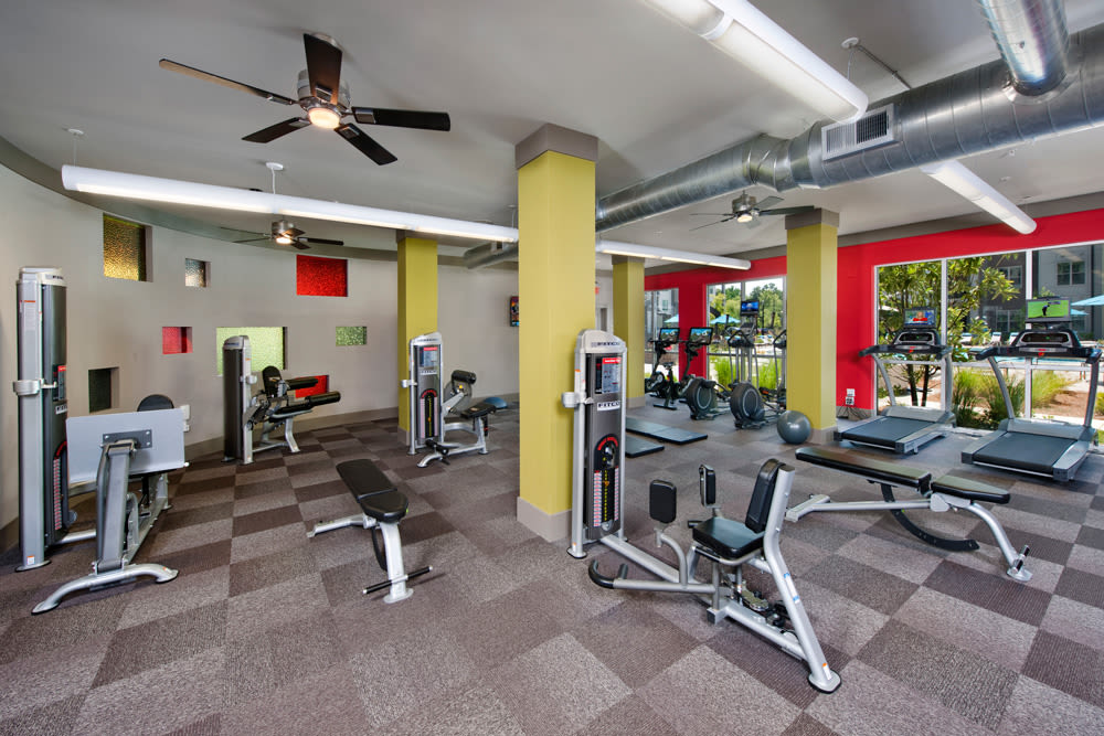 Fitness center at Perimeter Lofts in Charlotte, North Carolina