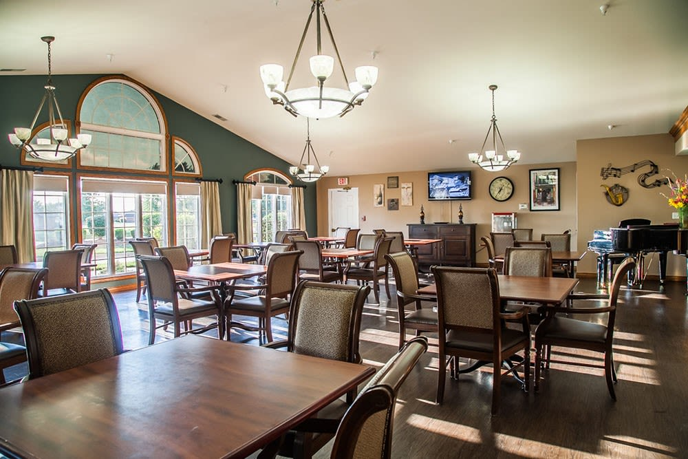 Dining room at Brookstone Estates of Mattoon South in Mattoon, Illinois