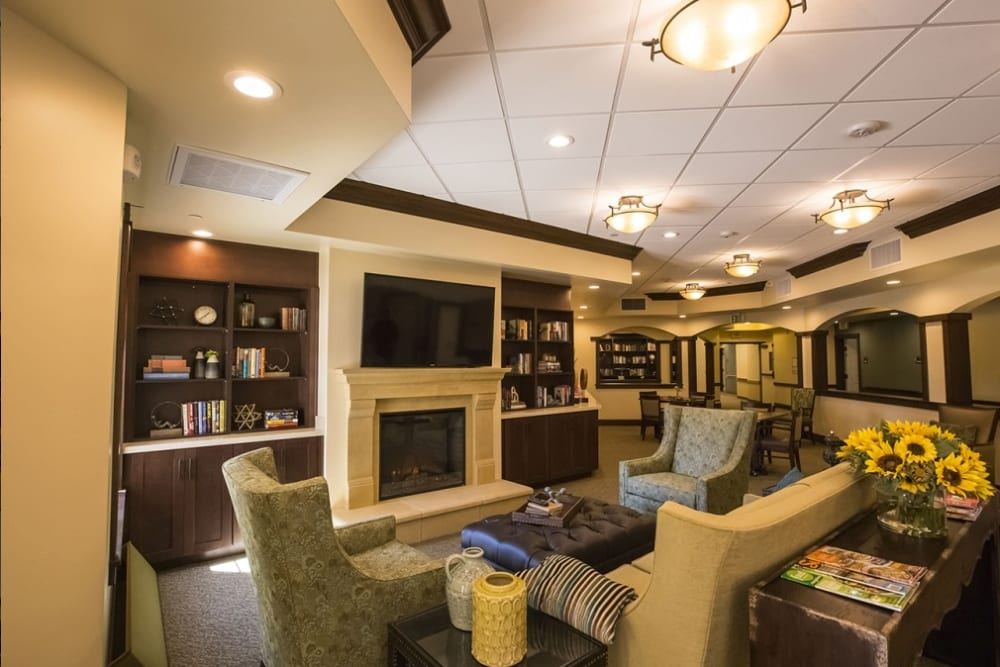 A lounge at The Pointe at Summit Hills in Bakersfield, California.