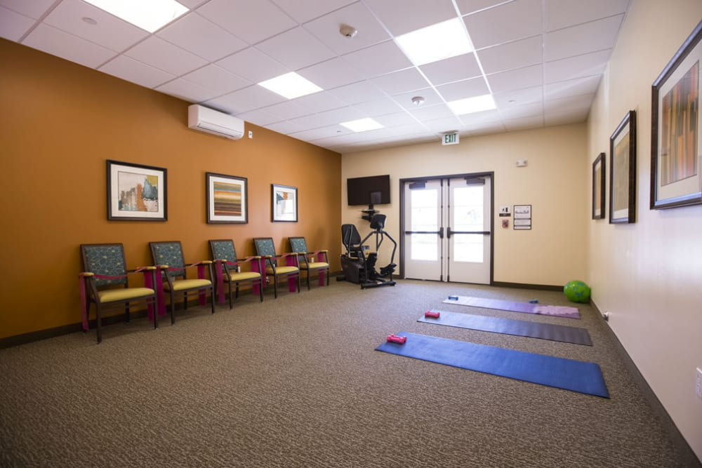 Fitness room at The Pointe at Summit Hills in Bakersfield, California.