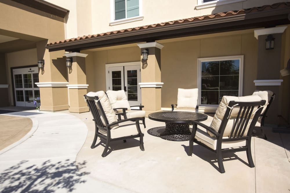 Sit outside at The Pointe at Summit Hills in Bakersfield, California.