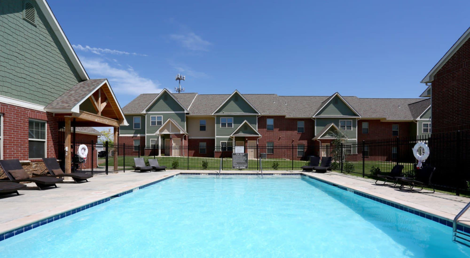 Apartments at Cross Timber in Oklahoma City, Oklahoma