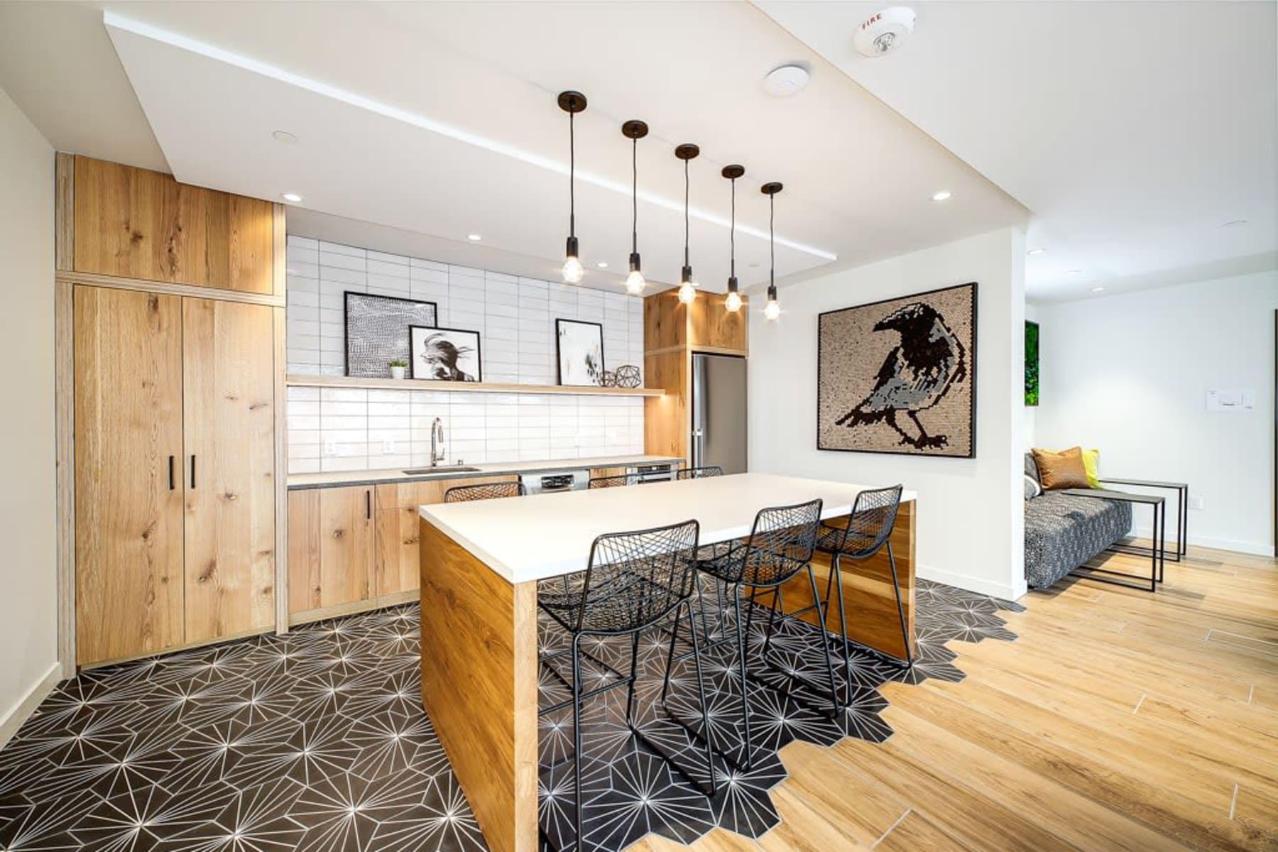 Blackbird in Redmond, Washington offers a kitchen in clubhouse