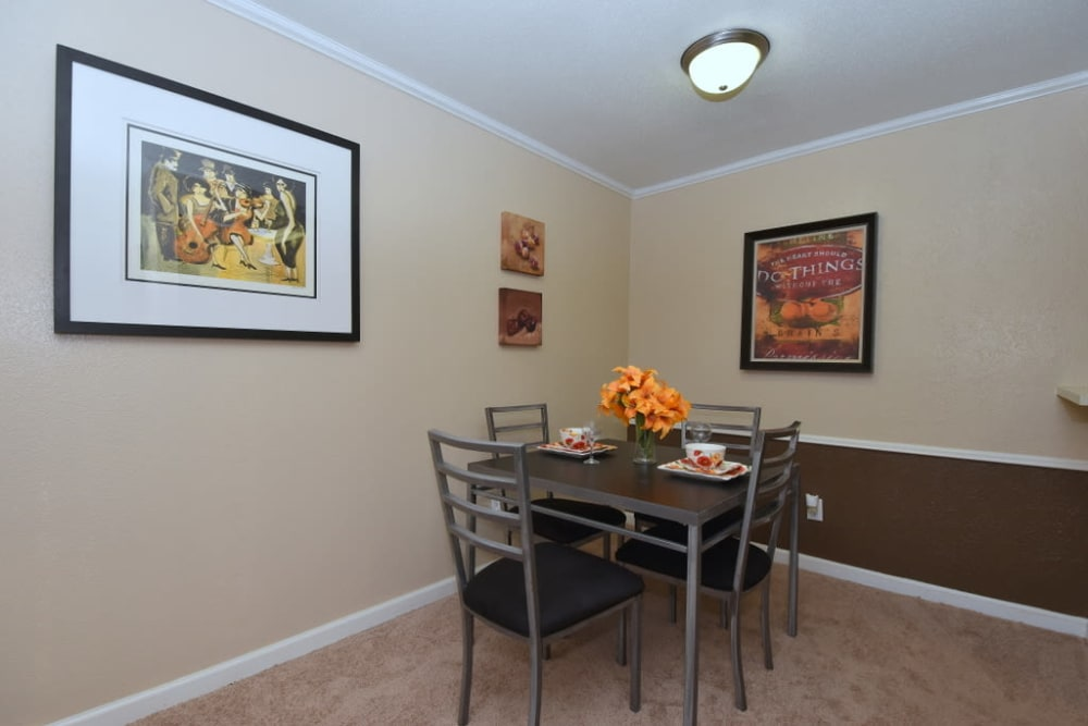 Our apartments in Houston, Texas have a gorgeous dining room