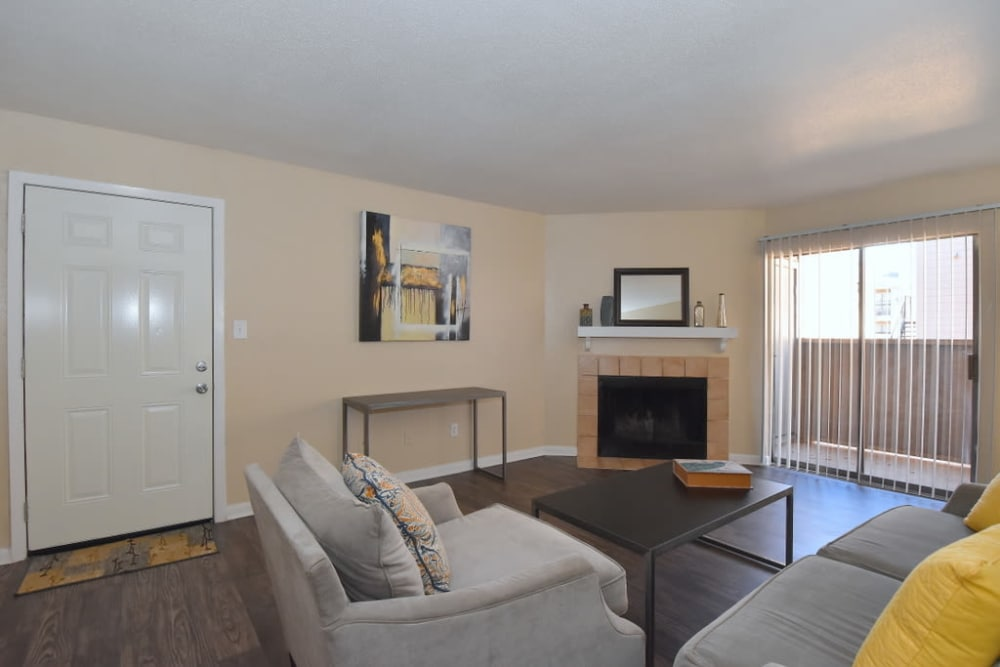 Living room at Green Meadows Apartments