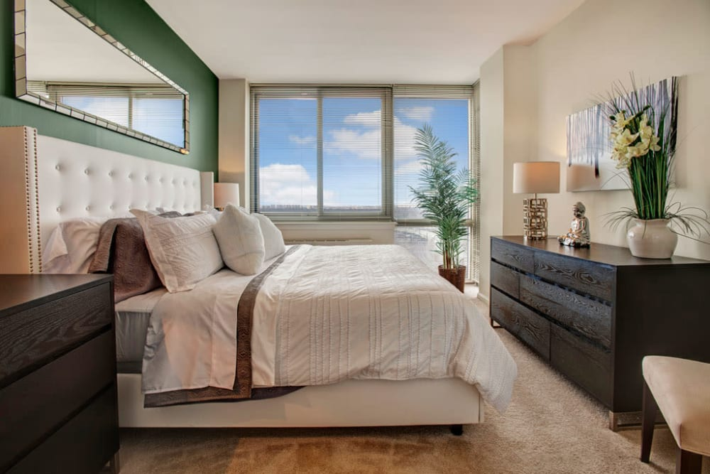 Spacious bedroom at Skyline New Rochelle in New Rochelle, New York