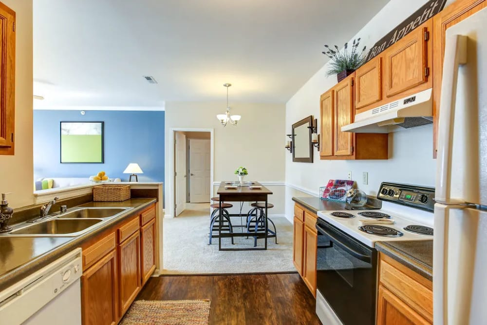 A kitchen at Charleston Pines Apartment Homes in Florence, Kentucky