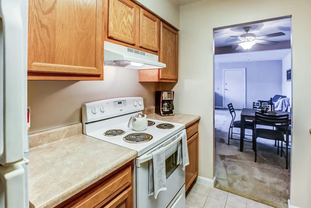 A kitchen at Reserve at Ft. Mitchell Apartments in Ft. Mitchell, Kentucky