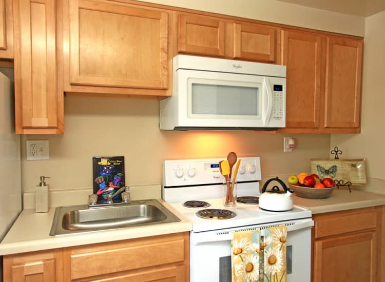 Fully-equipped kitchens at Cove Village allow for endless culinary creations!
