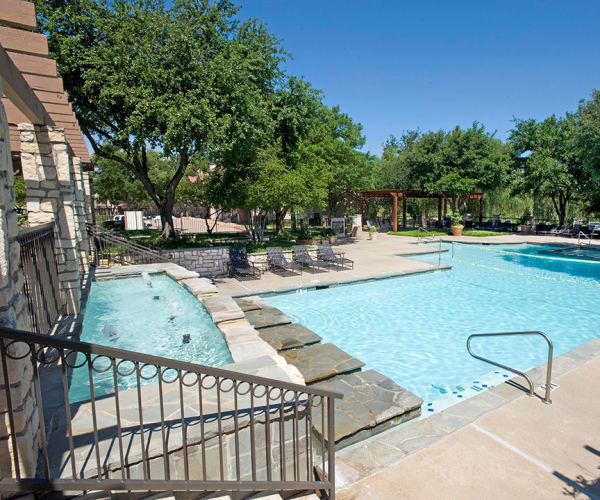 Beautiful swimming pool at Villas of Preston Creek in Plano, Texas