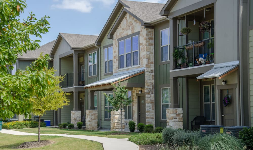 apartments for rent at Springs at May Lakes in Oklahoma City, OK