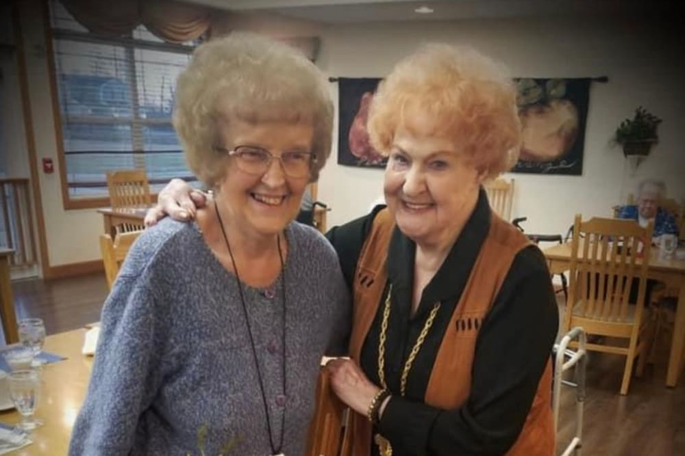 Residents get to know each other at Prairie Hills Senior Living in Des Moines, Iowa.