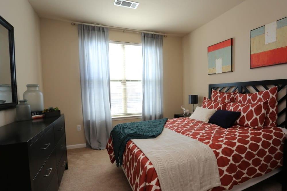 Spacious Bedroom Suites in San Antonio, TX