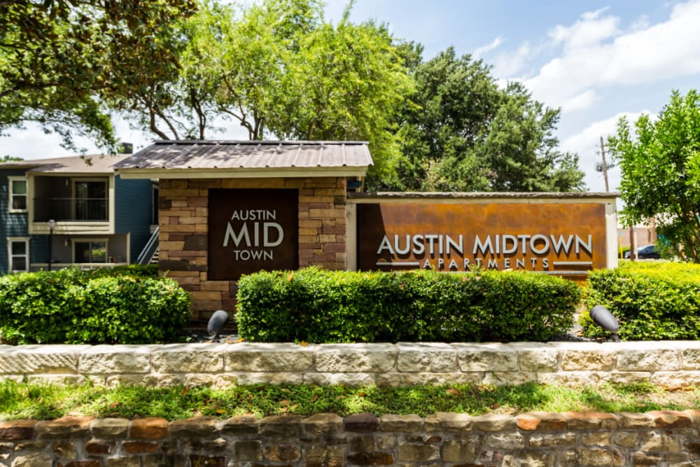 Main entrance property sign at Austin Midtown in Austin, Texas