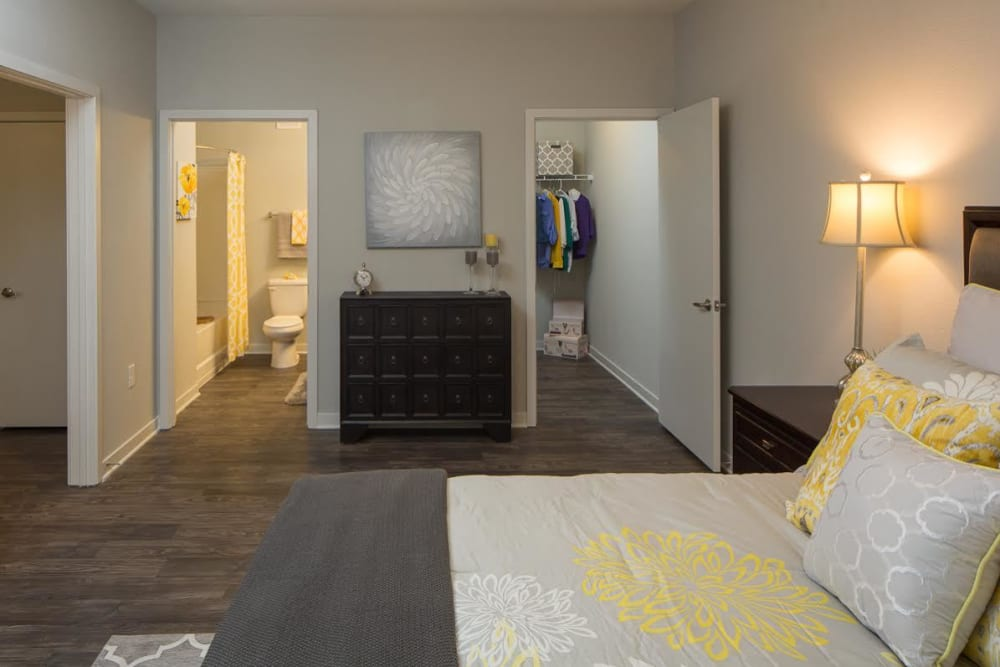 Large living space in apartments at West Woods Apartments in Pensacola, Florida