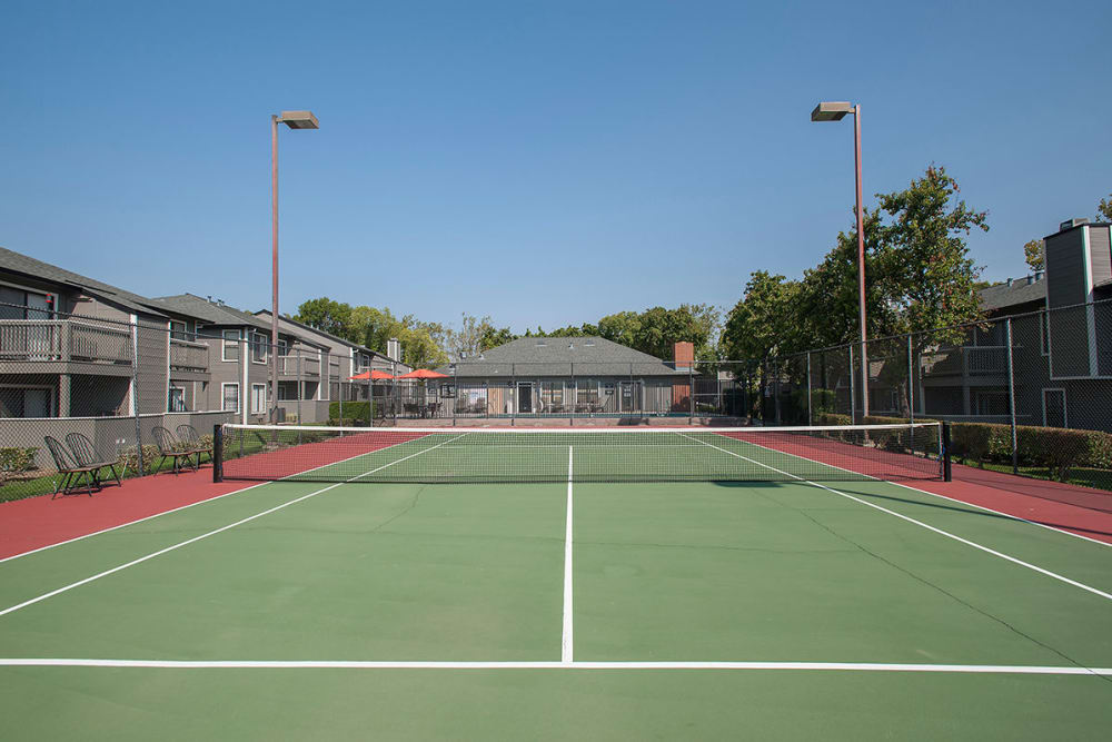 Tennis courts at Sandpiper Village Apartment Homes in Vacaville, California