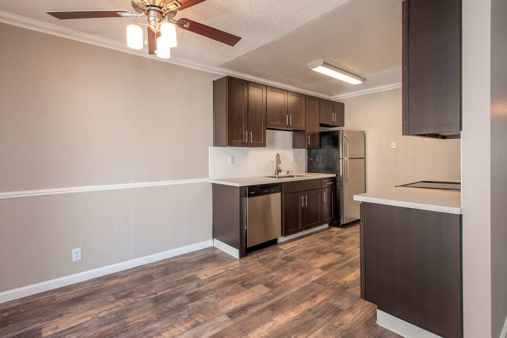 La Valencia Apartment Homes offers a state-of-the-art kitchen in Campbell, California