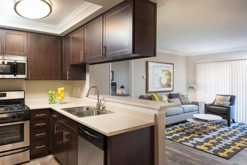 Luxury dining room layout at Shadow Ridge Apartment Homes in Simi Valley, California