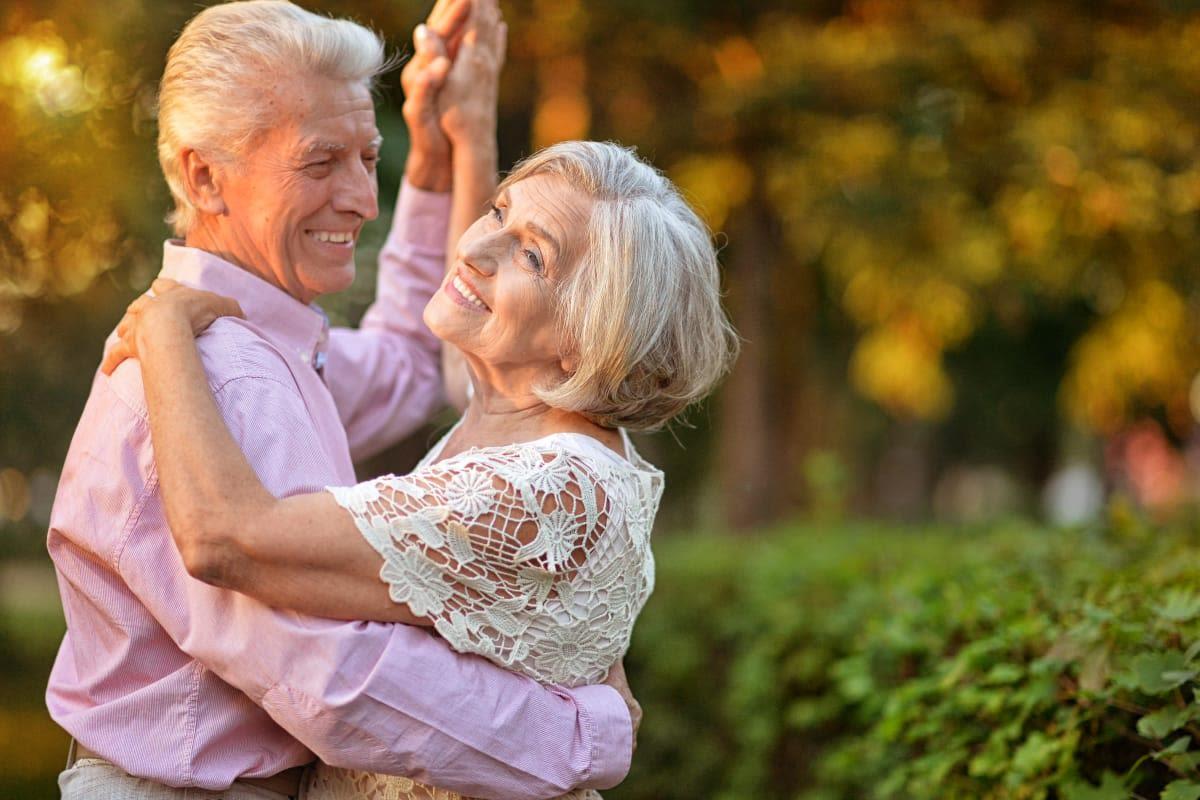 Seniors dancing at The Bellettini in Bellevue, Washington