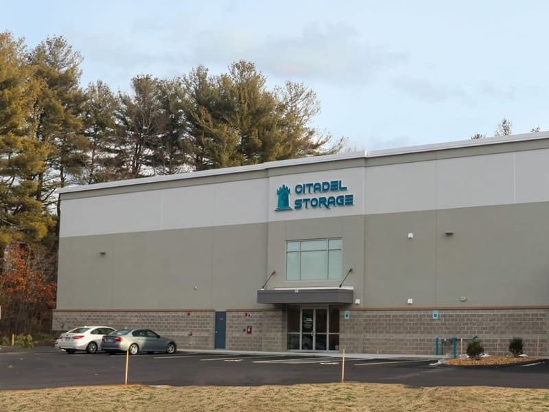 Exterior and entrance of 603 Storage - Hudson in Hudson, New Hampshire