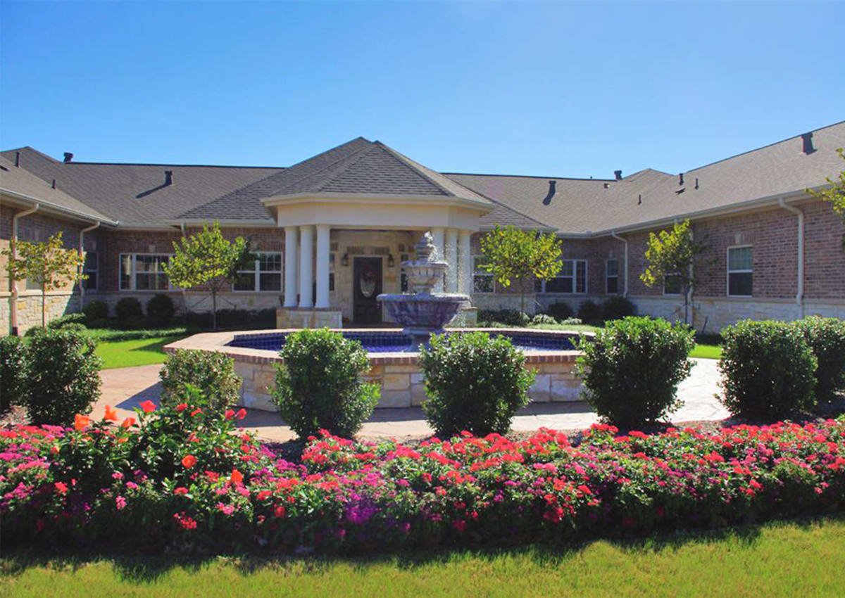 The Village at Silver Sage - Haltom City, TX Retirement Center Management