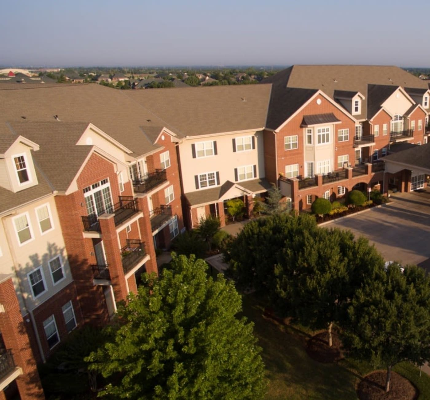 Apartment exterior at Touchmark at Coffee Creek in Edmond, Oklahoma
