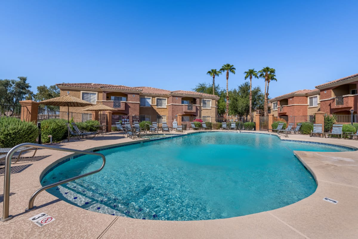 Refreshing and sparkling swimming pool at Alante at the Islands in Chandler, Arizona