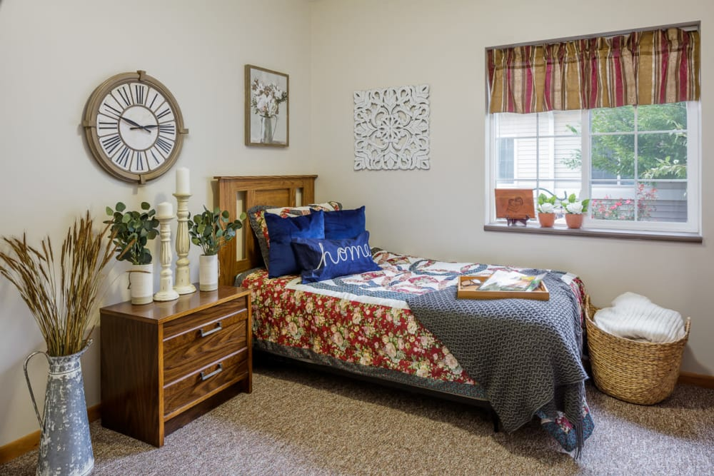 Resident bedroom at Glenwood Place in Marshalltown, Iowa.