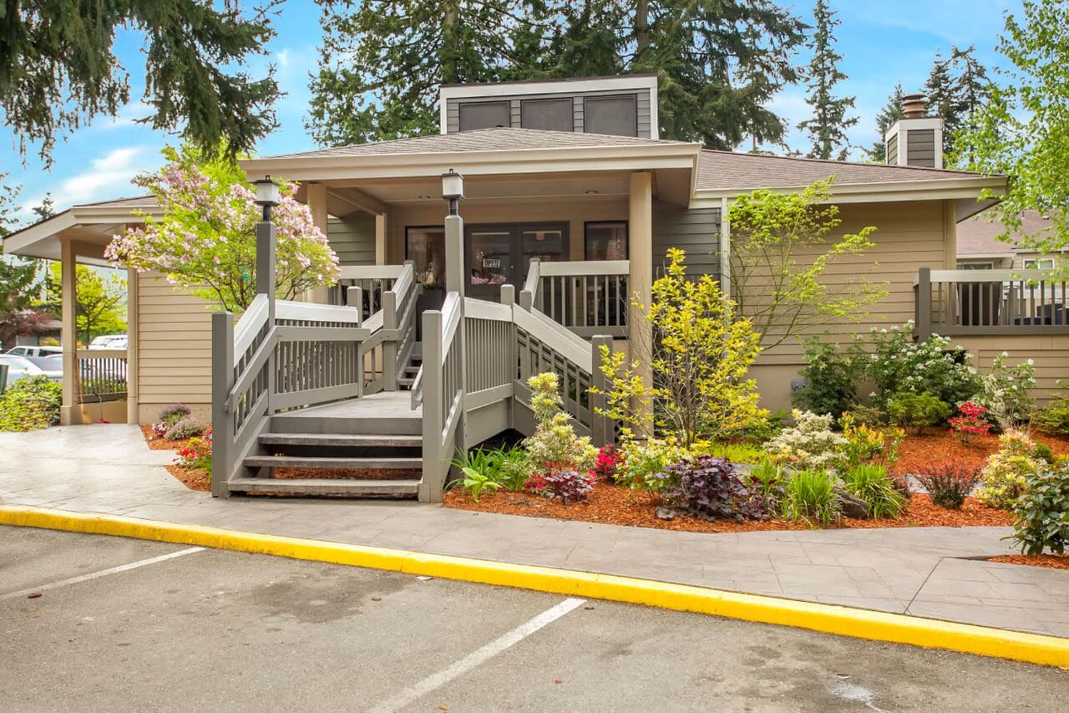Clubhouse at Vue Kirkland Apartments in Kirkland, Washington