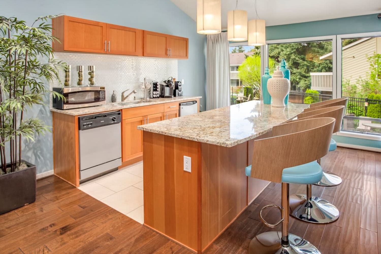 Bright kitchen perfect for entertaining at The VUE in Kirkland, Washington