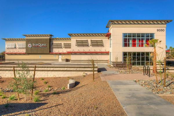 Self storage building exterior in Scottsdale