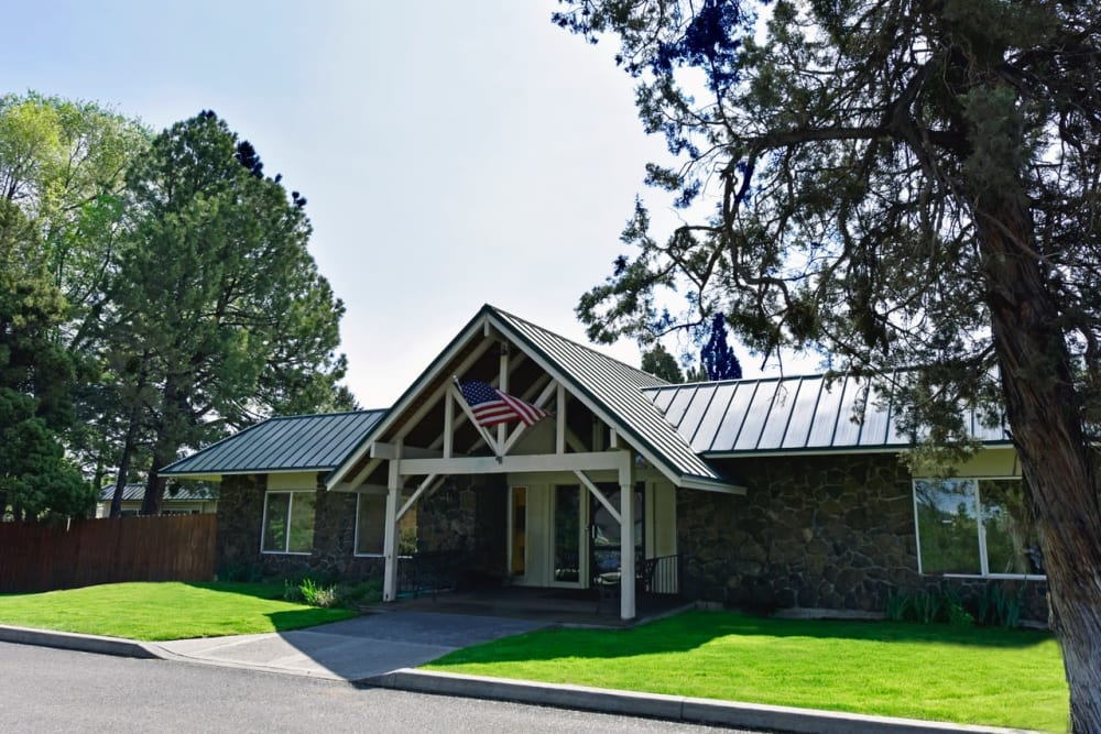 Front entrance at Regency Care of Central Oregon in Bend, Oregon